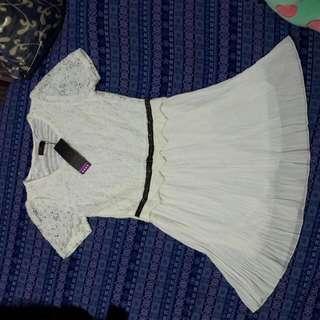 全新💎中尺碼蕾絲雪坊白色縮腰洋裝
