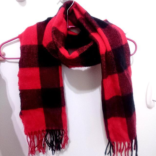 (二手)黑紅格子圍巾