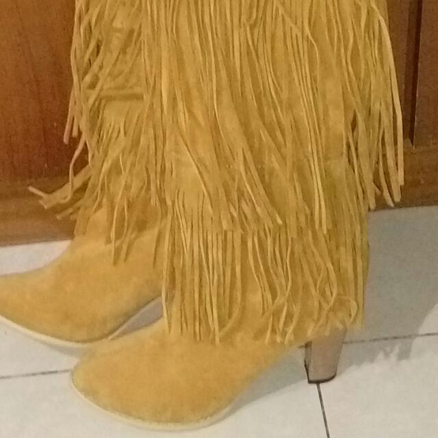 流蘇靴麂皮