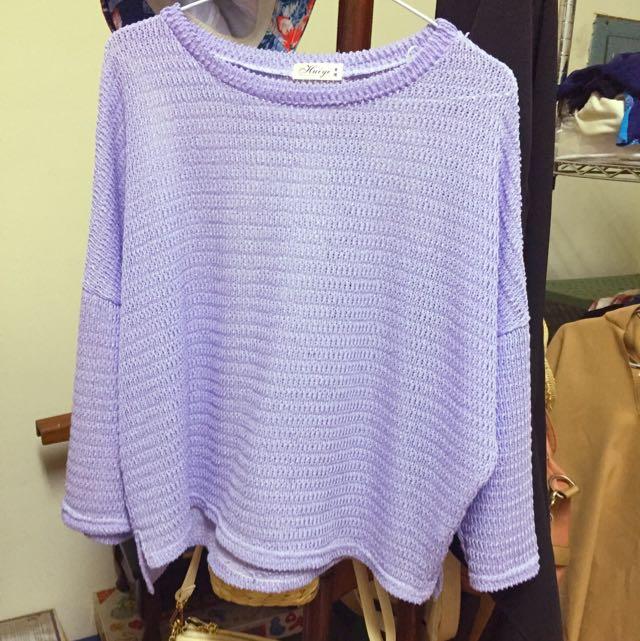 紫色針織上衣
