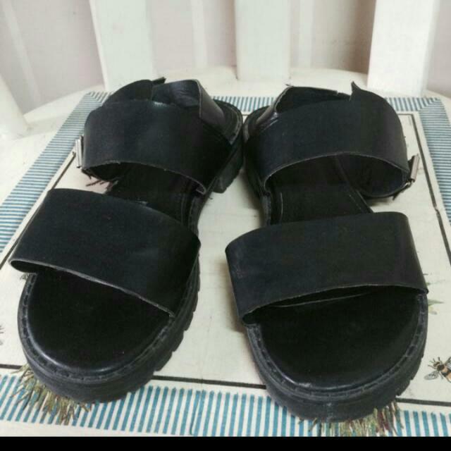 韓 勃肯涼鞋