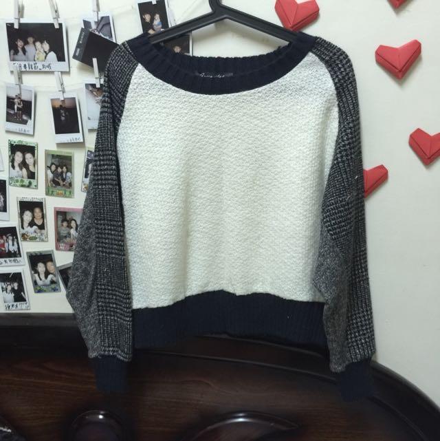 二手 短版接拼白色針織毛衣