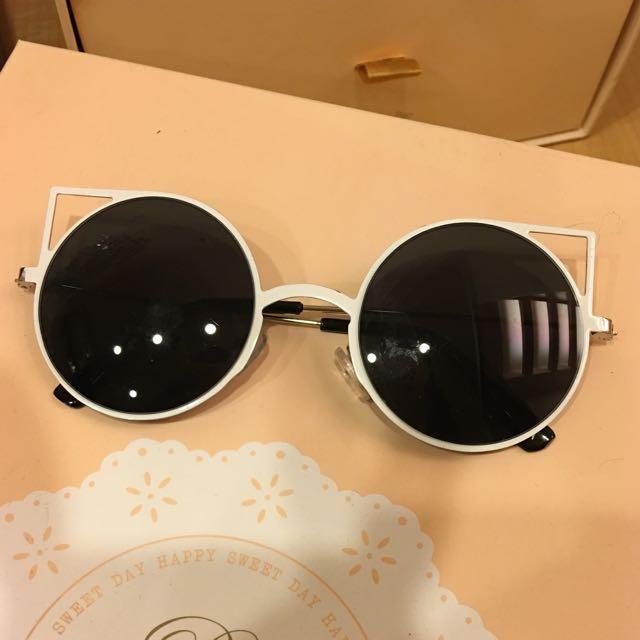 《降》全新 澳洲購入 白色貓咪太陽眼鏡