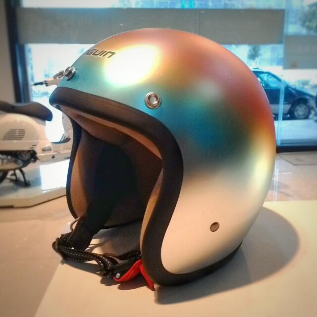 過年降價$1500(含運)只有一頂 全新 M.I.T最大廠 限量 不撞帽 原廠手工漸層電鍍 霧面處理3/4安全帽 Harley Davidson 哈雷 Vespa 偉士牌 復古車 老車 最適