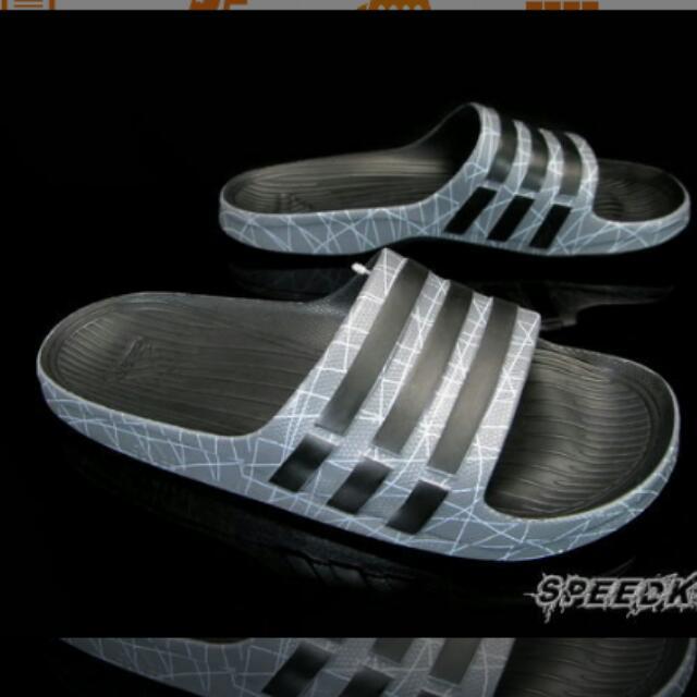 徵求!adidas 拖鞋 (灰色爆裂紋)