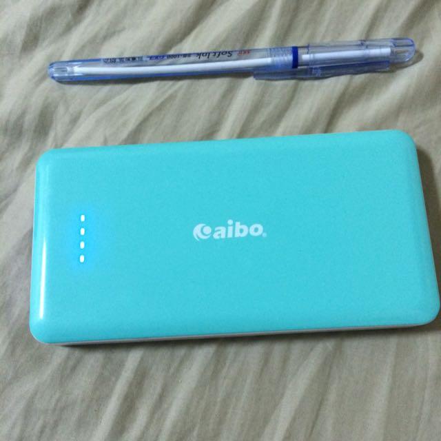Aibo 大容量行動電源 10000mAh 粉藍