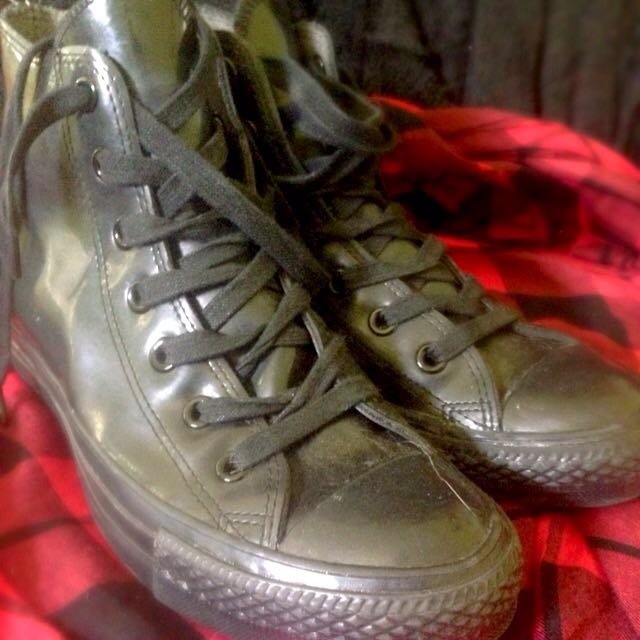 Converse Size 6 (REDUCED)