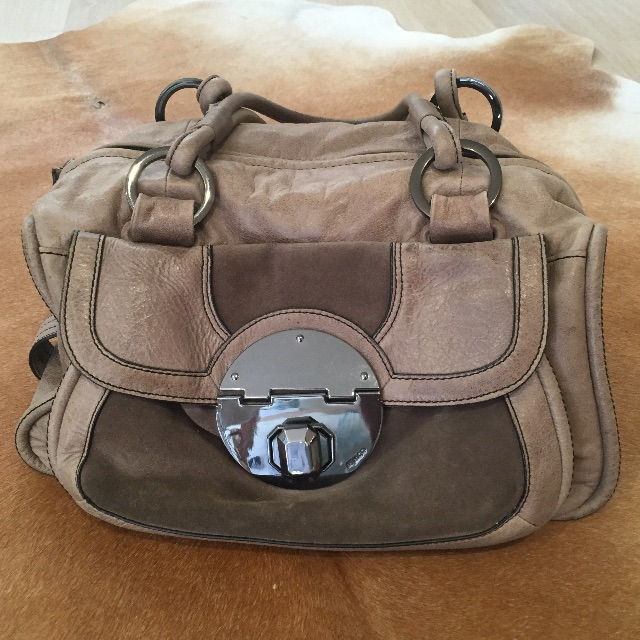 Mimco Stand Off Zip Top handbag in Stone