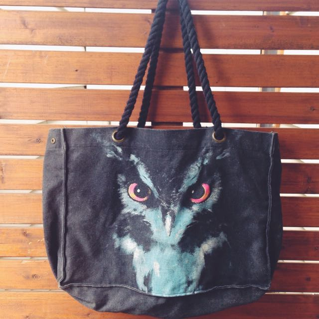Owl design ~ TOTE bag - Sportsgirl