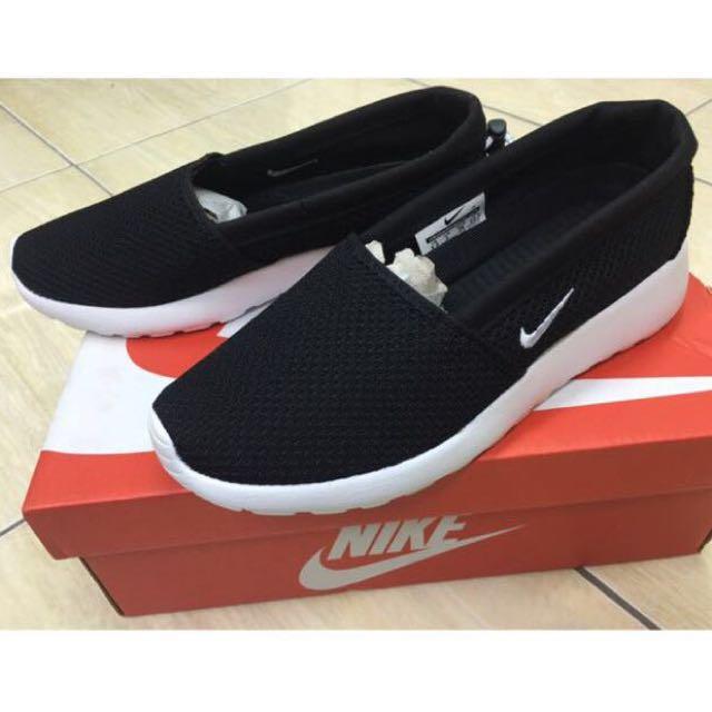 已售出🚫正品🎉WMNS Nike Roshe One Slip/nike懶人鞋