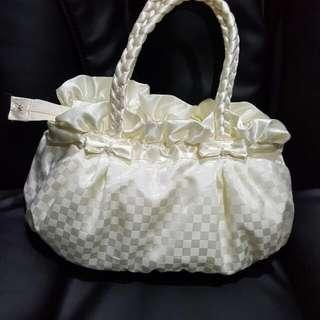 BN Authentic Naraya Handbag