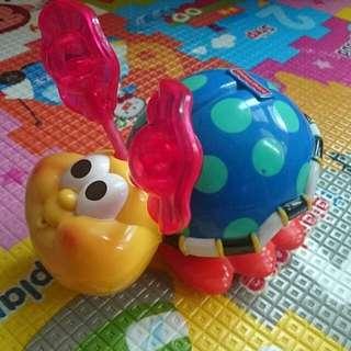 Fisher Price 費雪 陪寶寶的爬行蟲 小瓢蟲 寶寶的玩具
