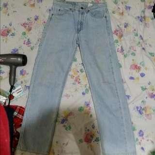 Levi's牛仔褲