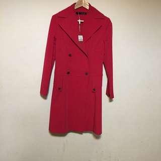 全新桃紅色風衣型外套