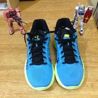 (保留中)Nike Lunaracer3慢跑鞋 含運費