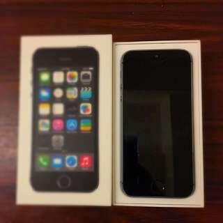 iPhone 5s (太空灰)