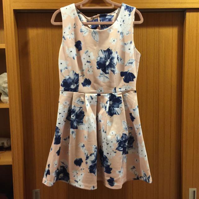太空棉花朵粉系洋裝