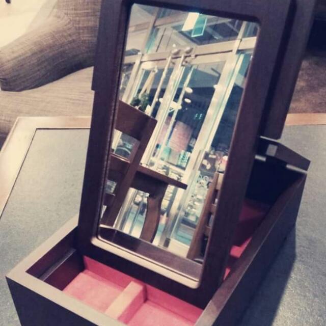 木質化妝鏡(可放首飾)