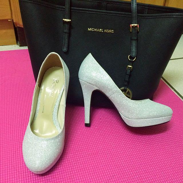 全新 22號 銀色 銀蔥 高跟鞋