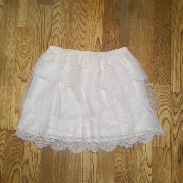 貝蒂 白色 短裙