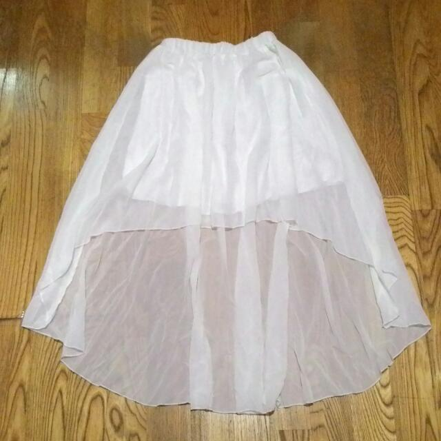 前短後長 白色 短裙
