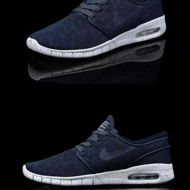 premium selection 56382 92d50 Hot Selling CNY CRAZY SALE Nike Roshe Run Stefan Janoski Men women Sports  And Casual Shoes, Men s Fashion on Carousell