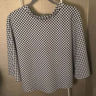Black/white Diagonal Checkered Poncho Top