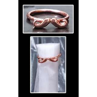 🚚 [IN STOCK} Motif Ring - Beard (Bronze)