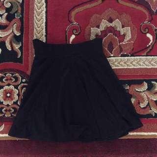 Preloved H&M Flare Skirt