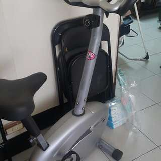 健身腳踏車