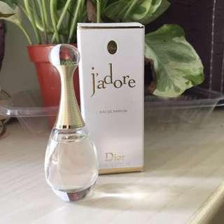 Dior jadore真我宣言香水