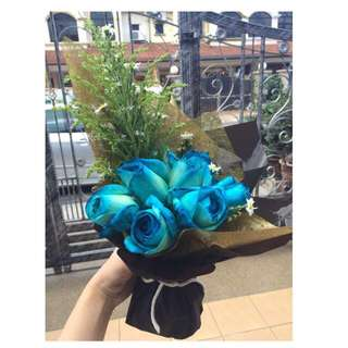Real Fresh Blue Roses Bouquet!
