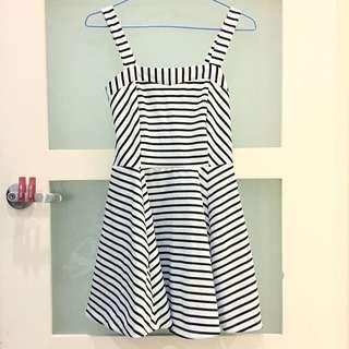 👗(增實穿照)橫條紋洋裝