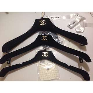 Chanel Hanger 100% Authentic 衣架 正品