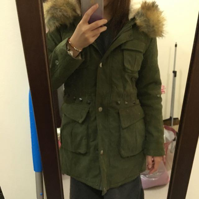 毛毛軍綠外套