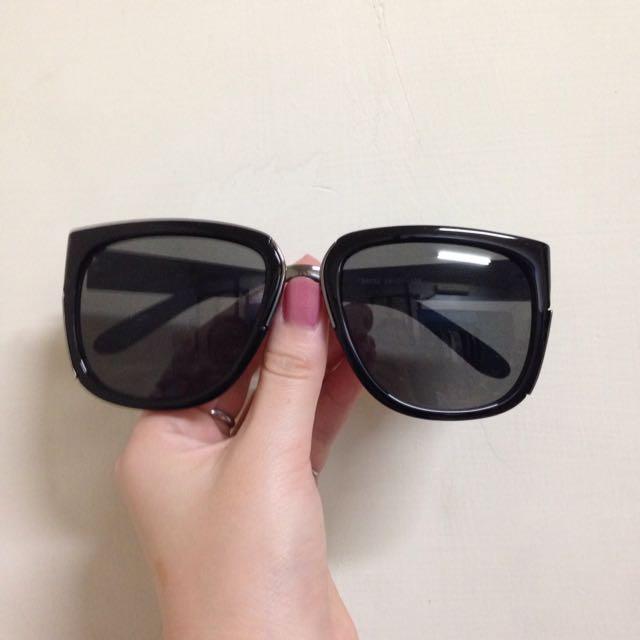 太陽眼鏡-大方框側邊金屬裝飾