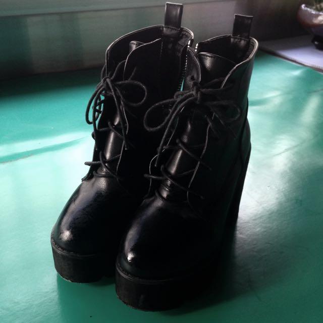 粗根厚底靴