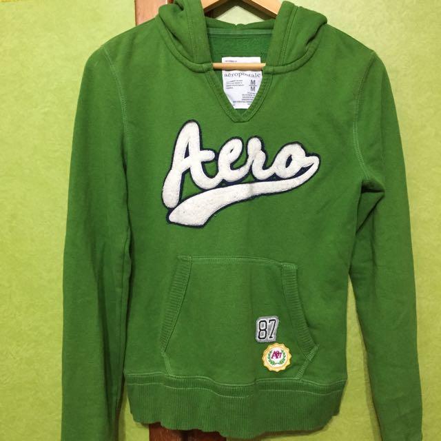 Aero 綠色連帽上衣
