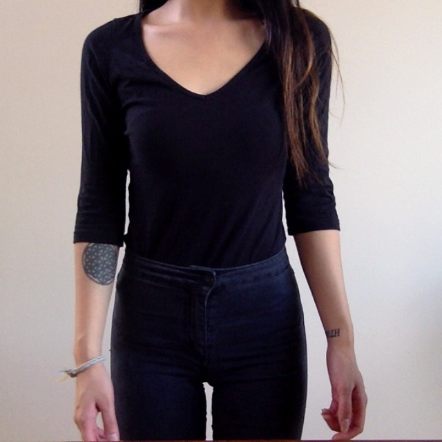 Black long sleeve 2 (v neck)