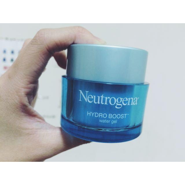 Neutrogena 水活保濕凝露