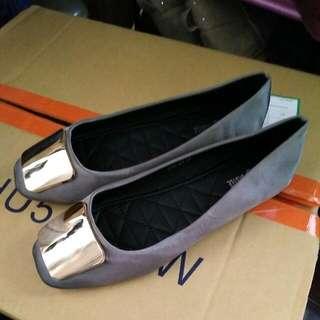 緞面平底鞋