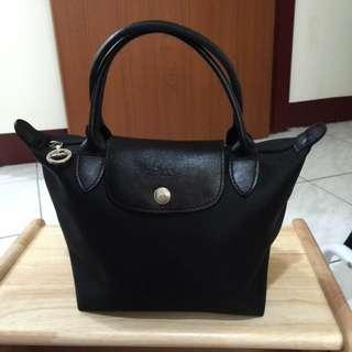 Longchamp黑色小手提包