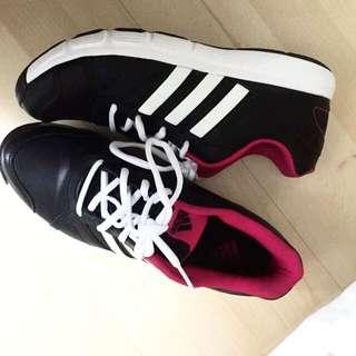 Adidas Court/ Walking/ Gym Shoes