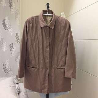 高雅奶茶色外套大衣