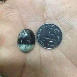 Batu Tok Wali (Lekat Magnet)