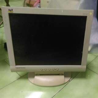 15吋螢幕