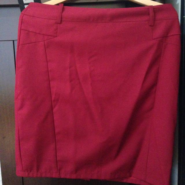全新深紅色窄裙/短裙/鉛筆裙/半身裙