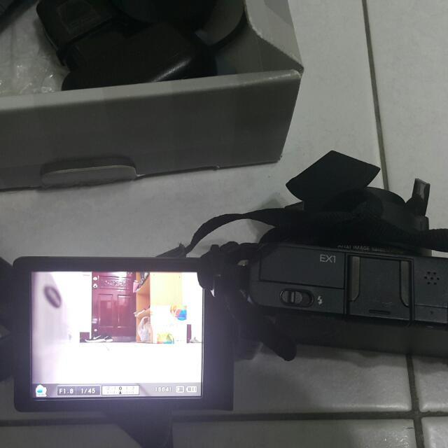 三星 Ex1 單眼入門相機
