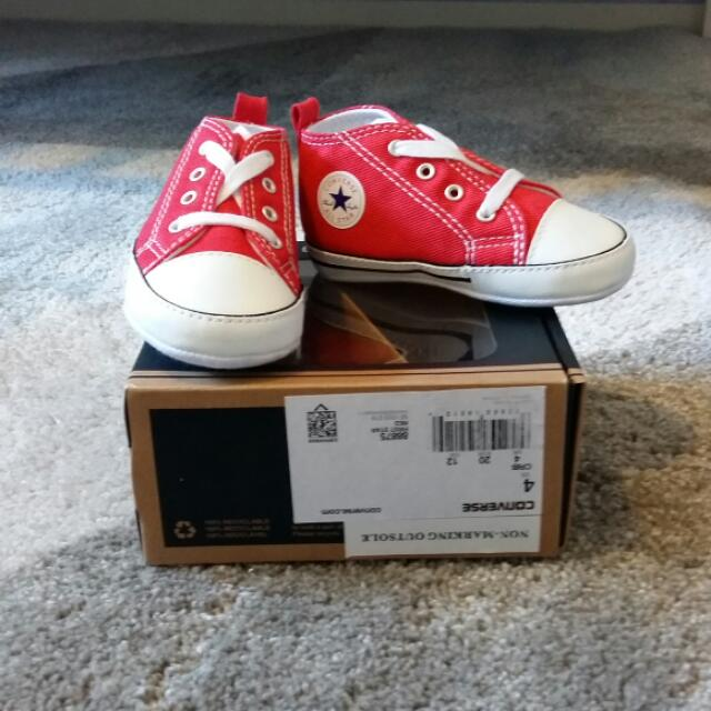 Converse Infant Red Chucks Size USA / 12cms