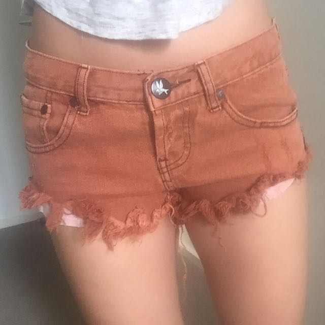 One Teaspoon Shorts Size 6